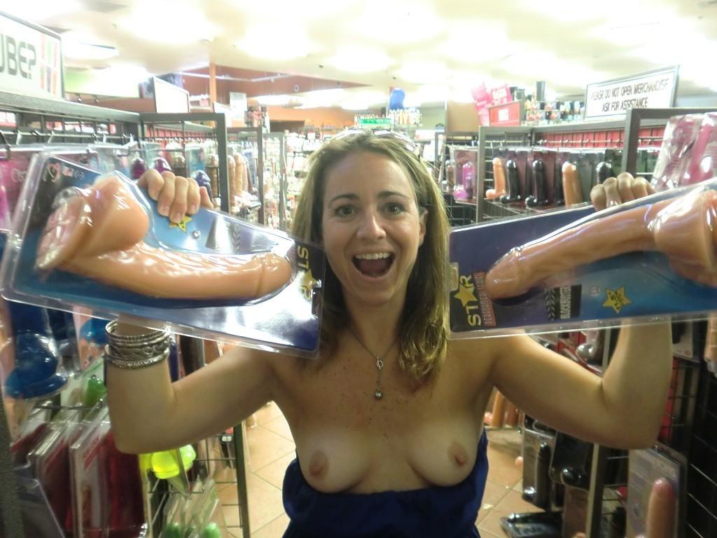 girls-flashing-boobs-at-walmart-nude