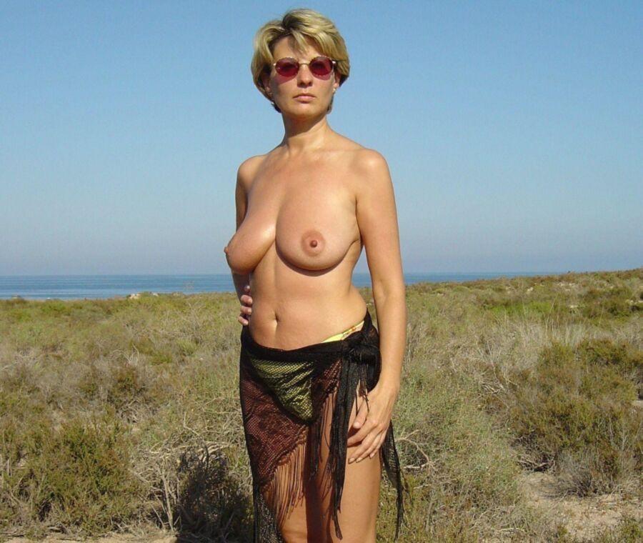 Фото голых одиноких женщин польские порно фильмы