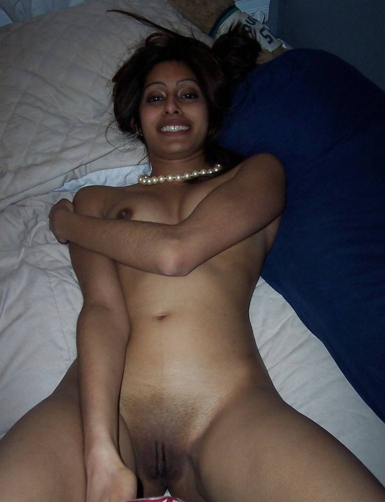 naked-in-bangladesh