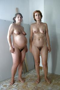 Женщины с пушниной между ног - фото #1