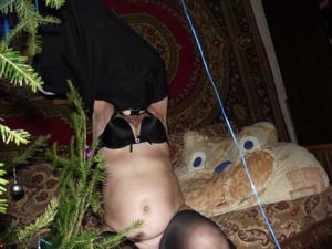 Зрелая русская пара в новогоднем запое - фото #3