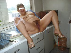 Толстая мексиканская сучка - фото #29