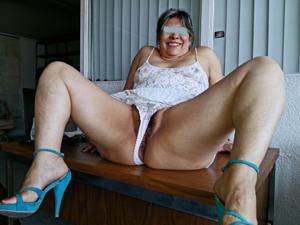 Толстая мексиканская сучка - фото #3