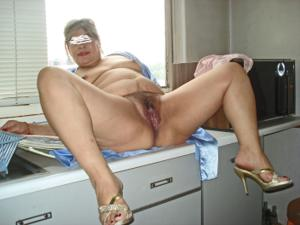 Толстая мексиканская сучка - фото #38