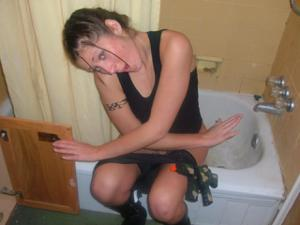 Писающие в ванну - фото #23
