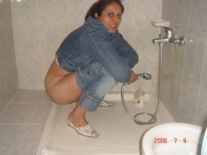 Писающие в ванну - фото #25