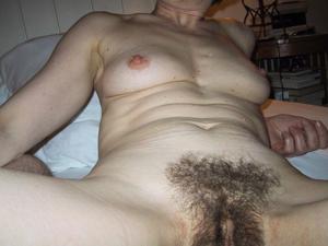 Секс со зрелой волосатой пиздой - фото #28