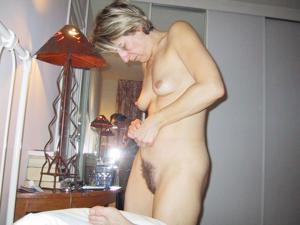 Секс со зрелой волосатой пиздой - фото #6
