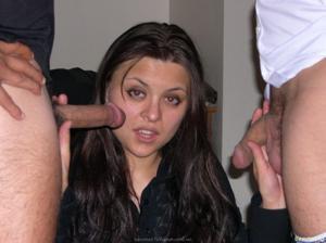 Из всех видов секса она предпочитает ганг банг - фото #15