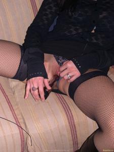 Из всех видов секса она предпочитает ганг банг - фото #47