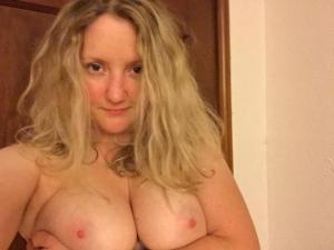 Блондинка пососушка - фото #19