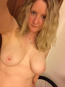 Блондинка пососушка - фото #20