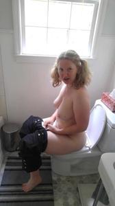 Блондинка пососушка - фото #29