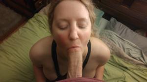 Блондинка пососушка - фото #3