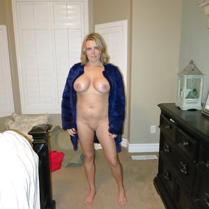 Зрелая Линда показала пиздень крупным планом - фото #12
