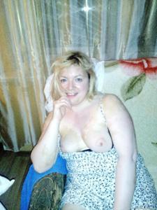 Русская женщина спит с другом мужа - фото #6