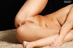 Голая блондинка гимнастка - фото #35
