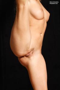 Голая блондинка гимнастка