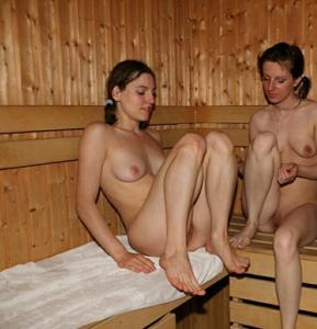 Голые девушки в сауне - фото #8
