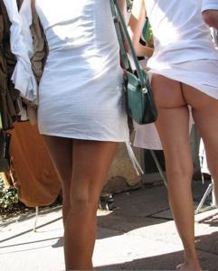 Попки под юбками - фото #5