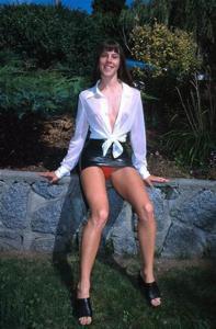 Трусики под юбкой - фото #2