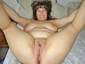 Толстячка Шэрон с раздвинутыми ногами - фото #11
