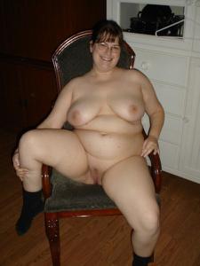 Толстячка Шэрон с раздвинутыми ногами - фото #32