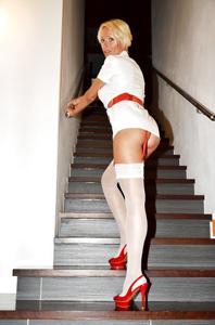 Потрясающая немецкая милфа - фото #2