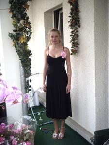 Блондинка в красном нижнем белье и не только - фото #40