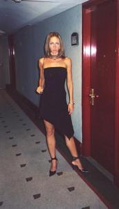 Худая француженка в разном белье и без оного - фото #27