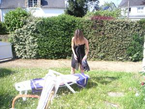 Худая француженка в разном белье и без оного - фото #48