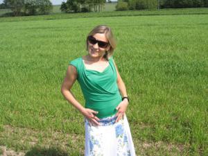 Разделась в поле, а дома приняла душ - фото #2