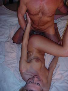 Взрослая пара занимается сексом - фото #17