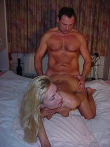 Взрослая пара занимается сексом - фото #18