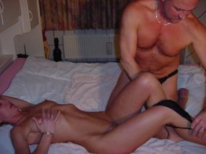 Взрослая пара занимается сексом - фото #45