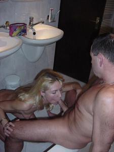 Взрослая пара занимается сексом - фото #48