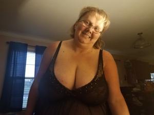 Очень жирная баба хочет - фото #1