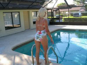 Зрелая Ленна в бикини и без - фото #10
