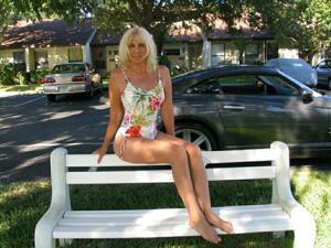 Зрелая Ленна в бикини и без - фото #21