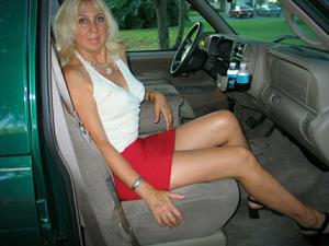 Зрелая Ленна в бикини и без - фото #22