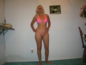 Зрелая Ленна в бикини и без - фото #9