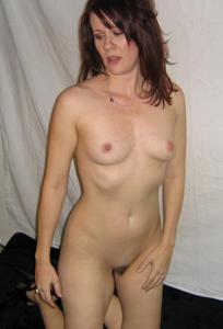 Высокая женщина с небольшой грудью - фото #31