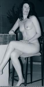 Высокая женщина с небольшой грудью - фото #42