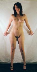 Высокая женщина с небольшой грудью - фото #8