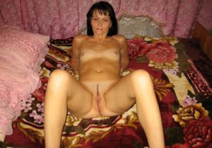Брюнетка к сексу готова - фото #15