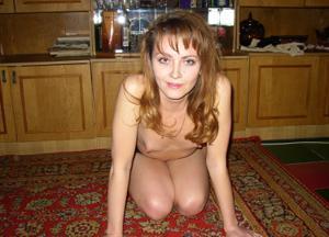 Брюнетка к сексу готова - фото #21