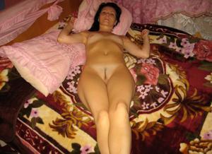 Брюнетка к сексу готова - фото #9