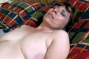 Женщина с пустыми сиськами сосет и ебется - фото #9