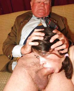 Взрослые мужики отдыхают с молодыми блядями