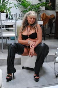 Старая секс бомба Анджела - фото #23